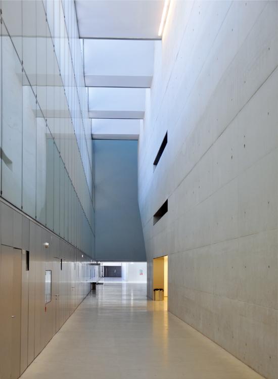 Convention Centre of Aragon - prefunction space