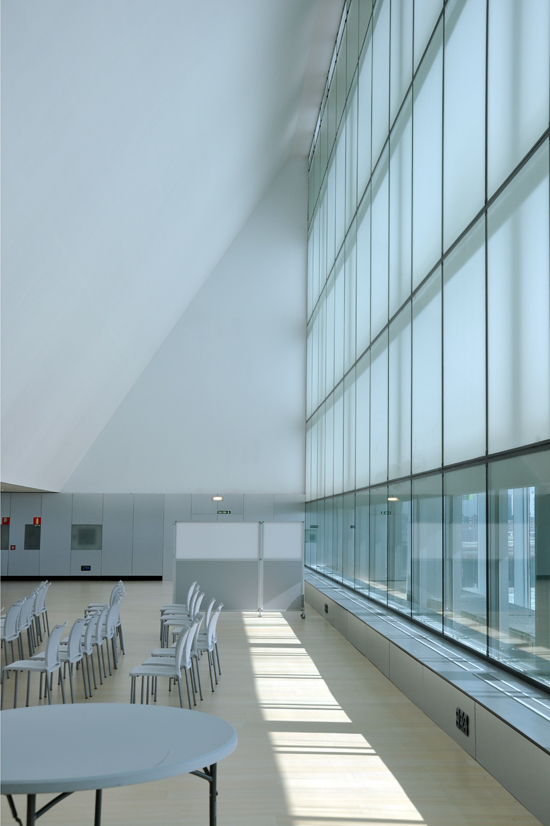 Convention Centre of Aragon - meeting room