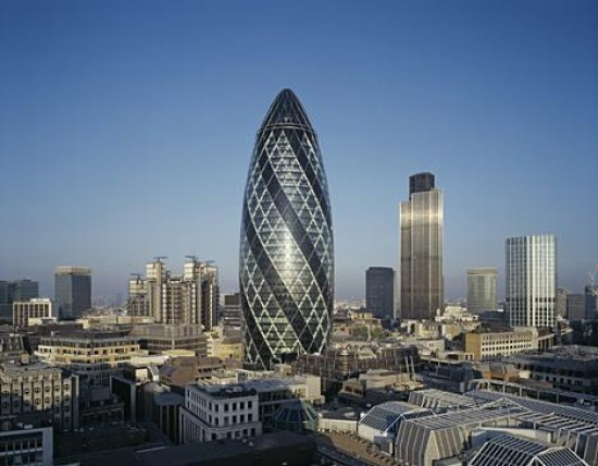 Swiss Re Building by Foster + Partners