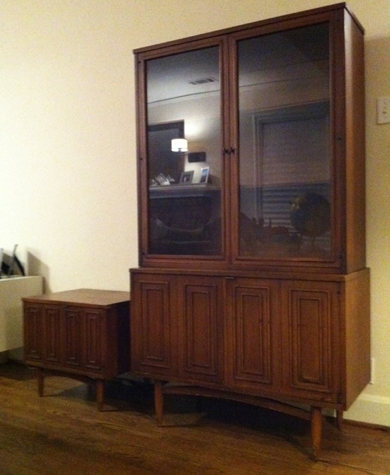 Roth China Cabinet Sculptra China Cabinet
