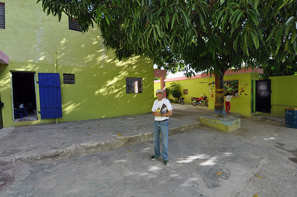 Barry Buford under the mango tree