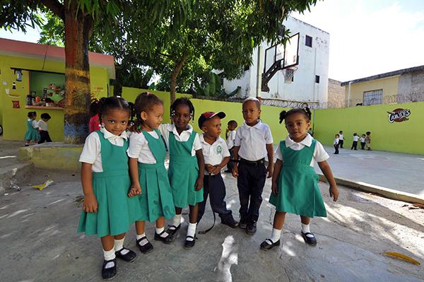 children from Colegio Cristiano Marileidy